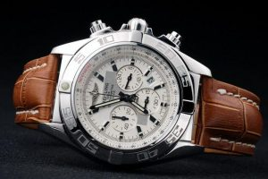Breitling-Chronomat-White-Surface-Leather-Strap-Watch-BC2284-88_2